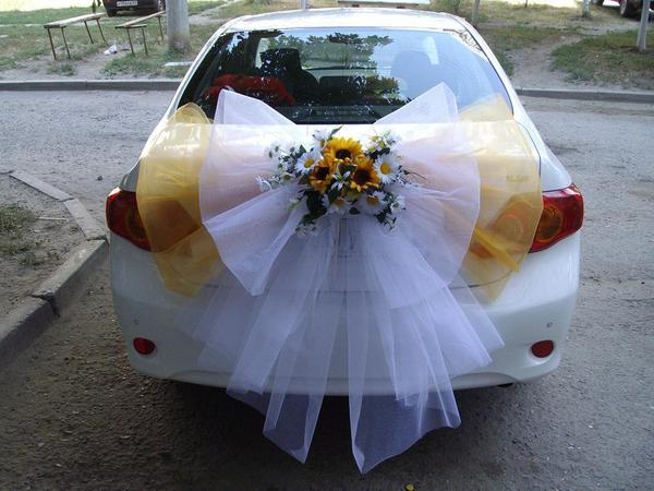 Свадебные украшения на машины фото